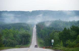 estrada para as montanhas