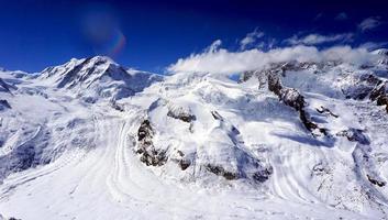 vista das montanhas dos Alpes de neve