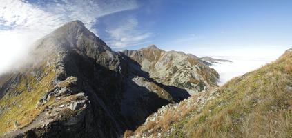 forma plativa ostry rohac nas montanhas tatra na eslováquia