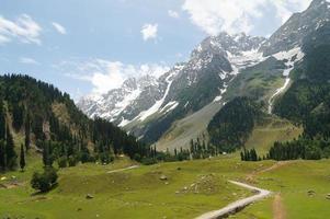 belas paisagens de colina e montanha em Sonamarg, Caxemira, Índia