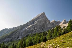 pequena montanha Watzmann nos Alpes da Baviera - Alemanha