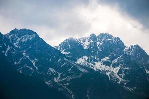 montanha do himalaia em sikkim, índia