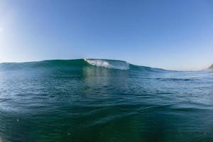 onda do oceano cor da água