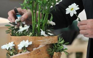 florista buquê de flores foto
