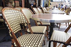 tradicional café parisiense foto
