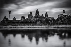 Angkor Wat ao amanhecer
