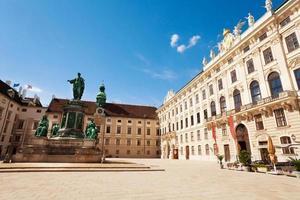 praça no centro de Viena foto