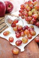 uvas vermelhas foto