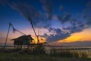 piscicultura na ilha yoh, songkhla, tailândia