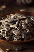 sementes de girassol torradas e salgadas orgânicas foto