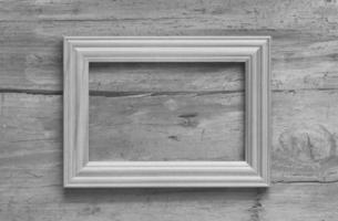 moldura de foto na parede velha