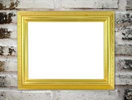 moldura dourada em branco