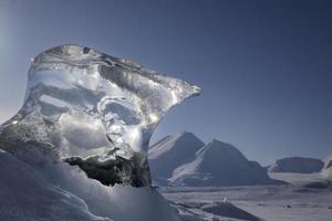 detalhe de gelo do bloco de gelo foto