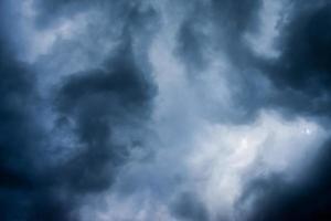 nuvens tempestuosas, céu de fundo