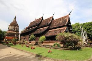 templos em chiangmai, tailândia.
