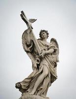 estátua da ponte sant'angelo