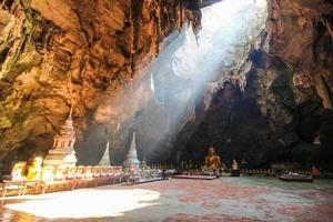 caverna khao luang, phetchaburi tailândia foto