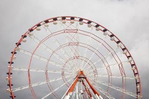 detalhe da roda gigante foto