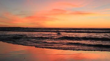 pôr do sol sobre a baía de Lambert