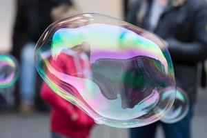 bolhas de arco-íris foto