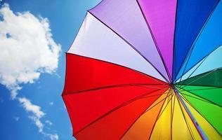 guarda-chuva de arco-íris foto