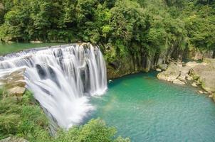 cachoeira shifen, taiwan foto
