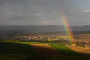 arco-íris na primavera