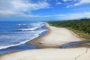 praia de montelimar foto