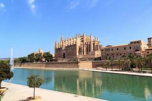 catedral de palma em maiorca, espanha foto