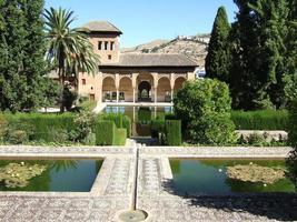 alhambra em granada, espanha foto