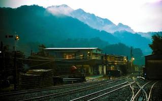 ferrovia nos subúrbios de taiwan