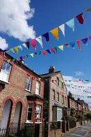 colorida festa de rua no reino unido foto