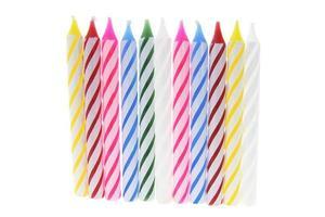 fila de velas de aniversário