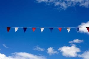 bandeirinha de festa de rua