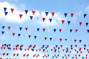 bandeira vermelha, branca e azul foto
