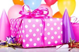 closeup presente de aniversário