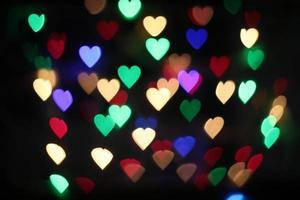 ilumina o fundo com corações