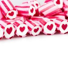 coração em bastões de doces foto