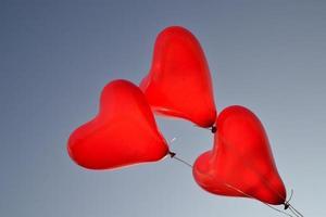 balões de coração foto