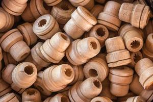 pilha de madeira para uso em guarda-chuva artesanal