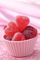 geléias de frutas doces de coração foto