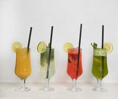 coquetéis de suco de frutas