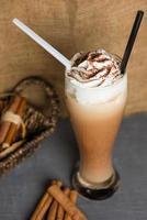 batido de leite com chocolate foto