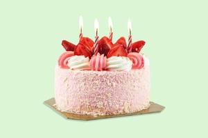 bolo de aniversário de morango foto