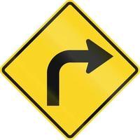 curva à direita à frente no Canadá