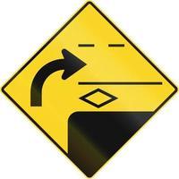 virar à direita para a segunda faixa no Canadá