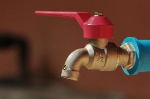 torneira de água fechada