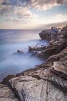 fotos costeiras da ilha de andros na grécia