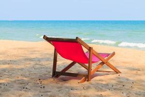 cadeira na linda praia