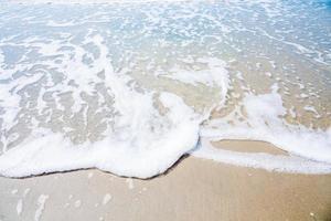 mar na praia